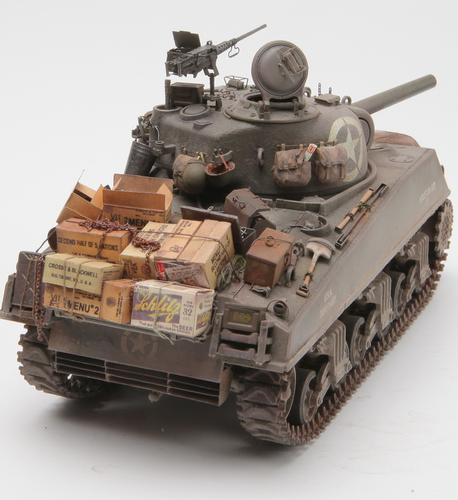 1/35 U S  Medium Tank M4A3 Sherman 105mm Howitzer